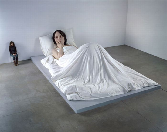 woman-in-bad-sculpture