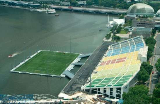 floating-stadium-3