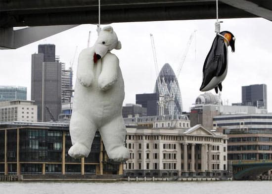 london-bridge-penguin-and-p