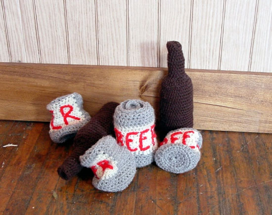 knitted-beer-and-bottles
