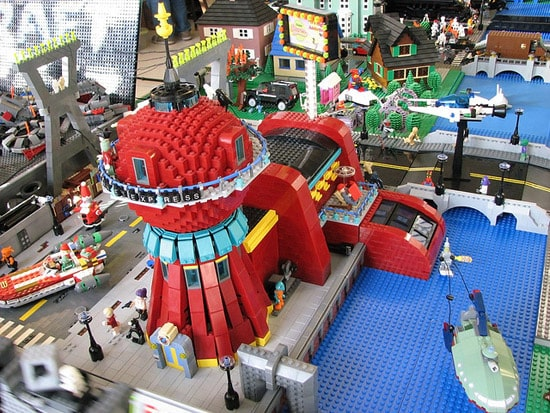 futurama-city-lego