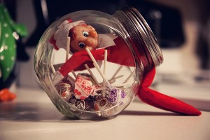 Elf-On-The-Shelf-Ideas13