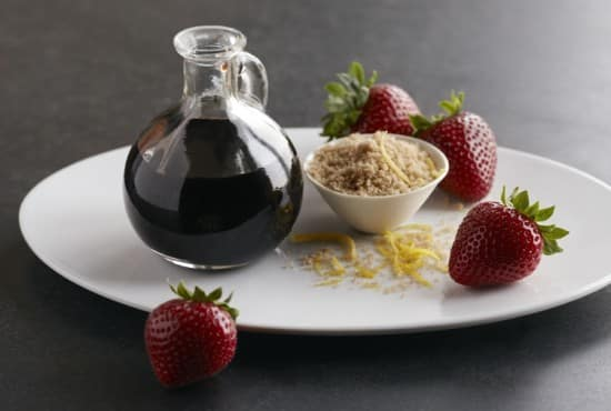 10 Strange Food Combinations That Will Enchant Your Senses10