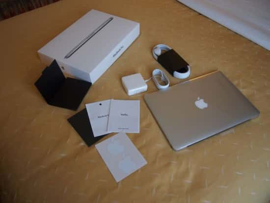 303781-unboxing-the-apple-macbook-pro-13-inch-with-retina-display-all-contents