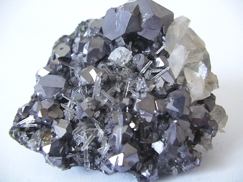 Top Ten Deadliest Minerals On Earth