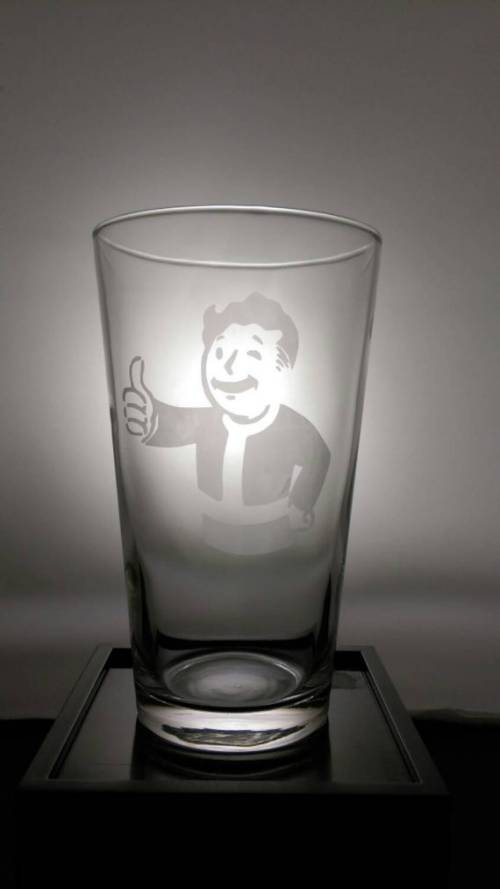 Among the top 7 perfect gifts for Fallout 4 fans is the personalized glass.
