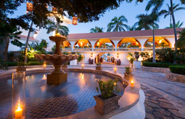This resort offers elegant rooms and a private spa.