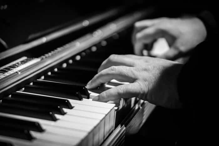 The homeless man who became known by playing the piano is included in the top stories of lost people who resurfaced.