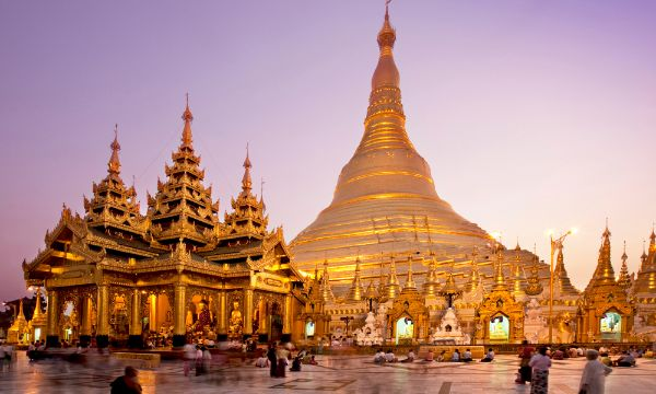 Most Beautiful Temples In Asia Are Completed By Shwedagon Pagoda