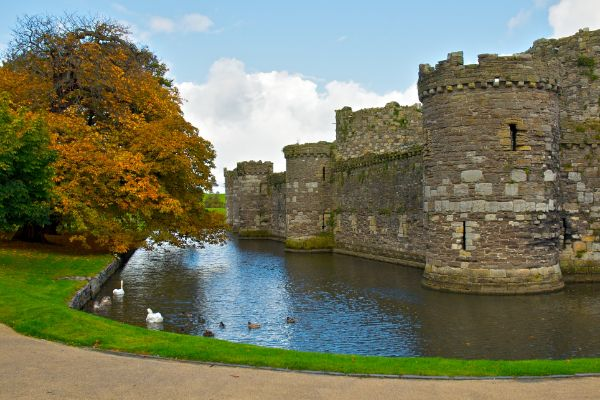 Most Haunted Castles In The World - Beaumaris