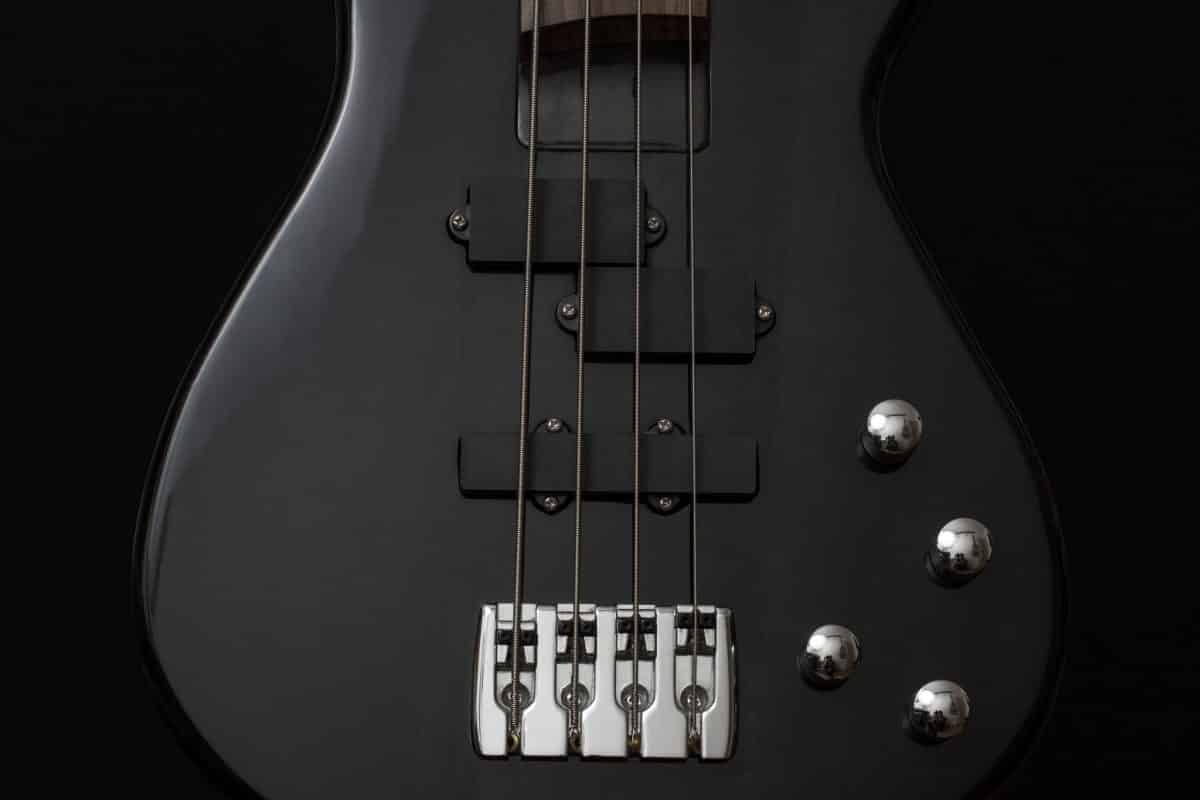 4 chord black electric bass